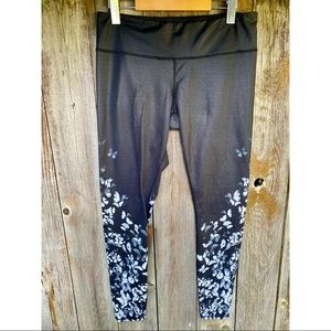 ALO yoga black&grey butterfly leggings